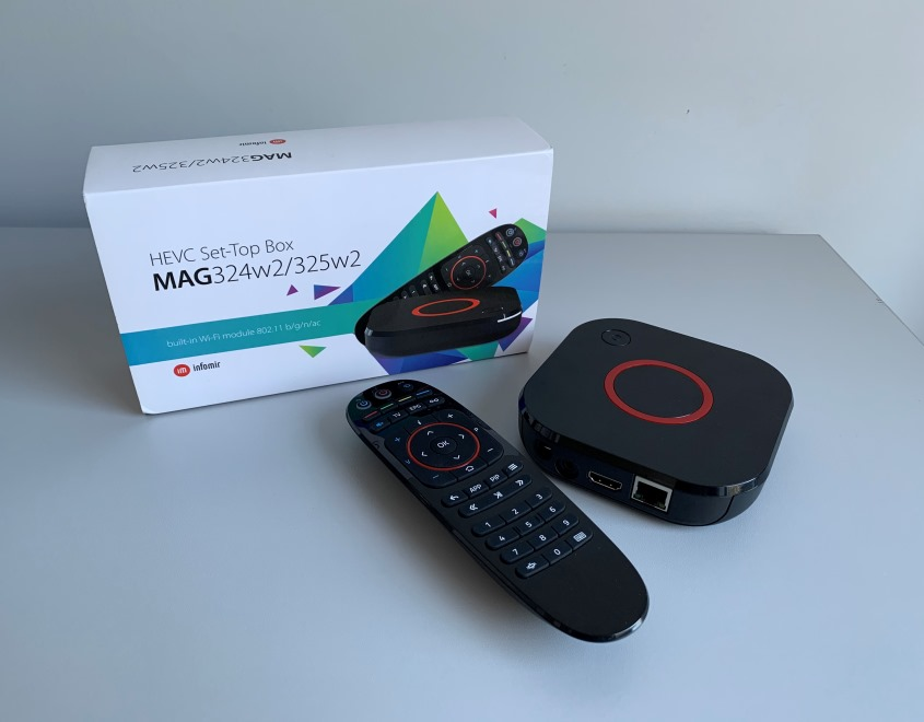 Recensione MAG324/MAG324w2: un potente set-top box con un design unico