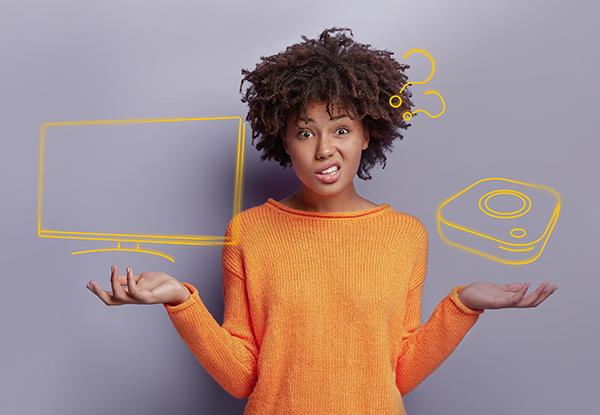 Améliorer votre expérience télévisuelle : La Box MAG ou une Smart TV?